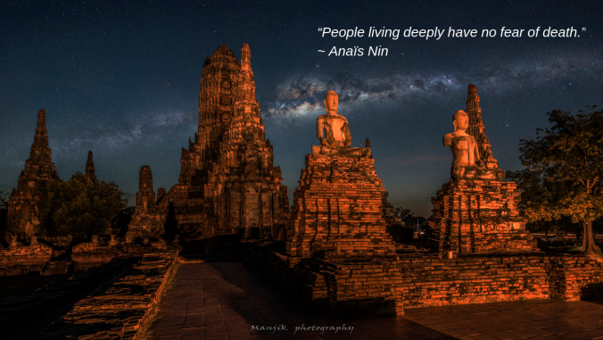 Ayutthaya night by Manjik photography